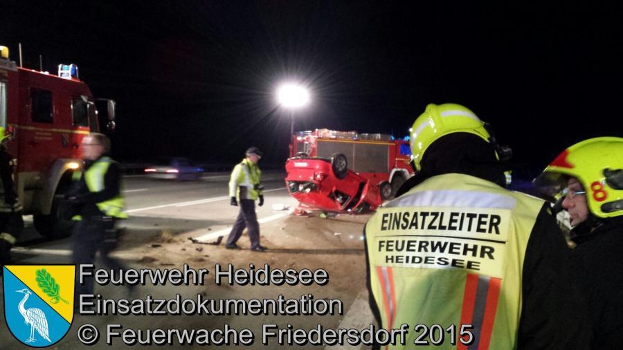 Einsatz 175/2015 | PKW überschlagen | BAB 10 AD Spreeau | 31.12.2015