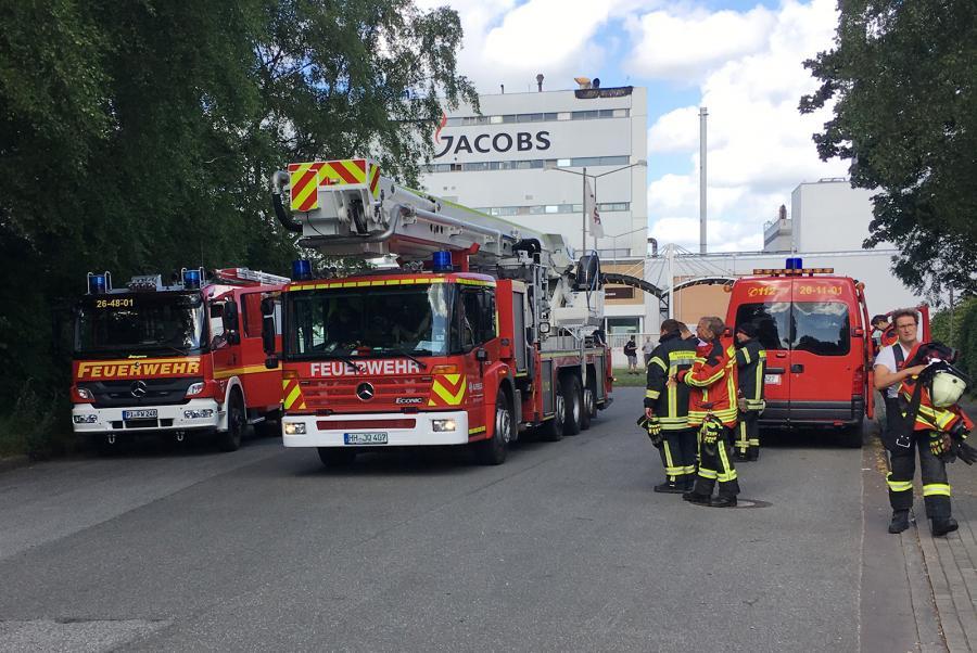 Kräfte der Feuerwehr im Einsatz (Foto: Dargusch)