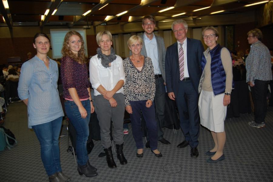 Gruppenbild mit Referentin