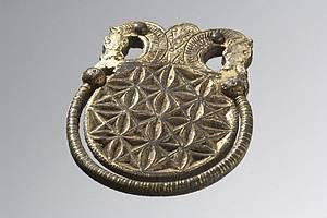 Kopie einer frühmittelalterlichen Riemenzunge aus Babenhausen