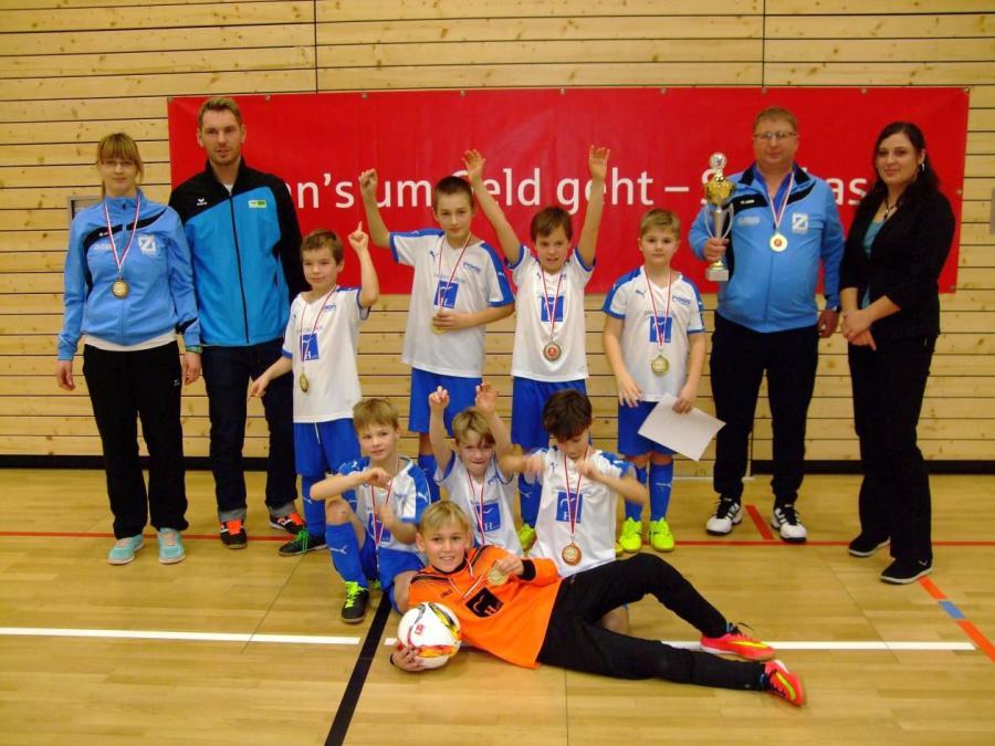 Hallenkreismeister F-Junioren: Blau-Weiß Zorbau