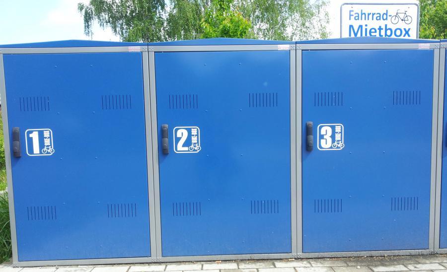 Mietboxen für Fahrräder am Bahnhof Friesack