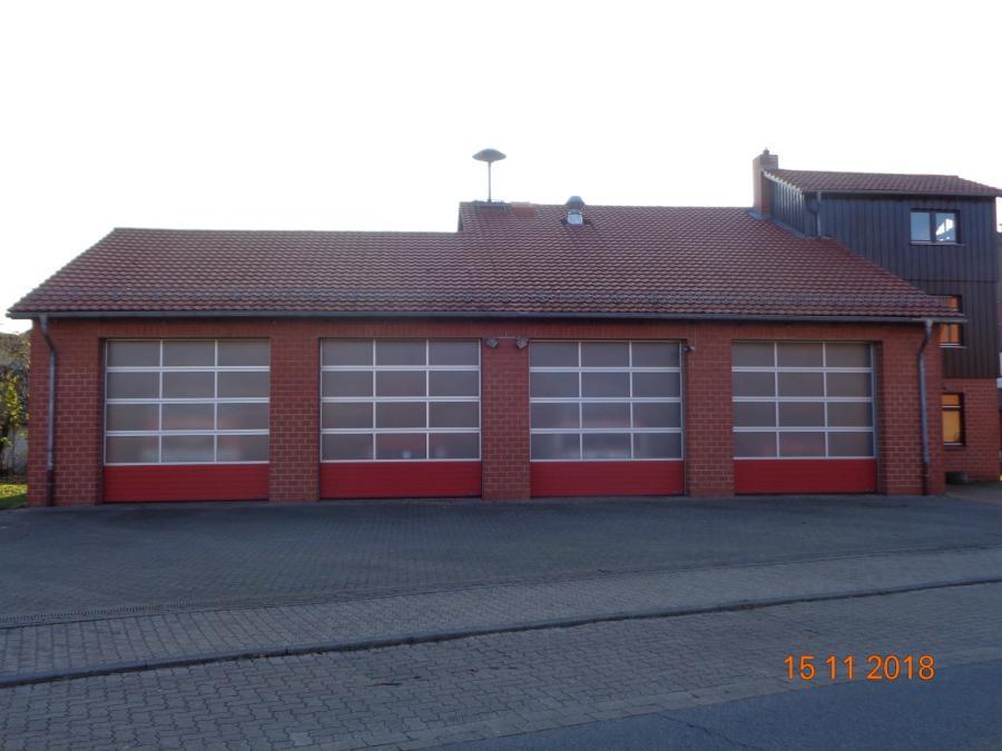 Fahrzeughalle Feuerwehr Hattorf