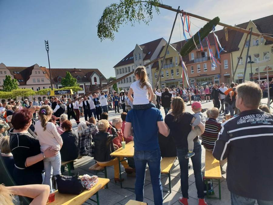 Maibaumstellen 2019
