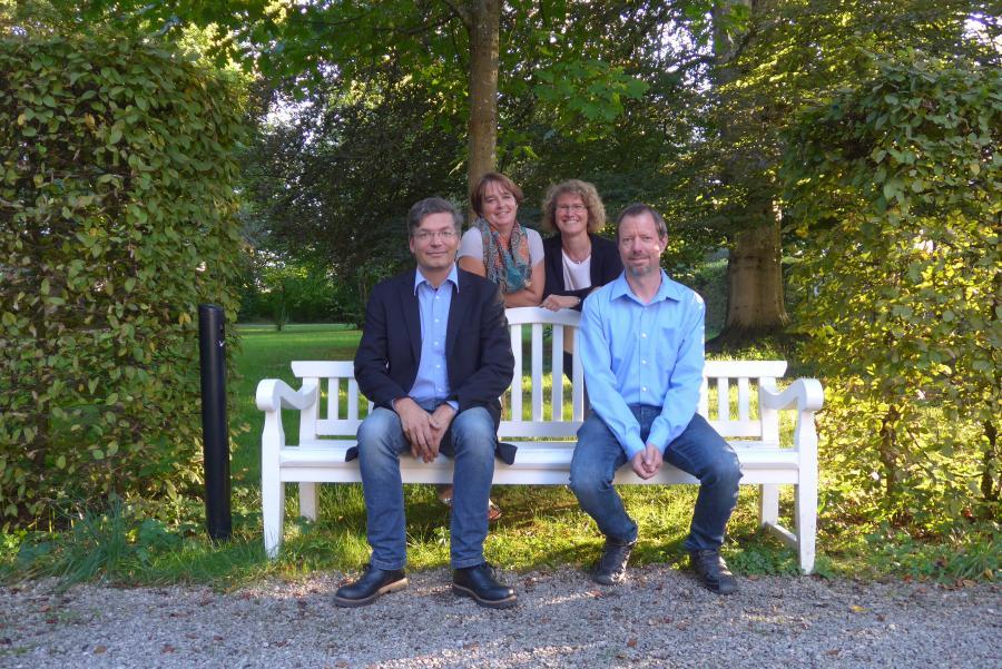 von links: 1. Bgm. Reinhard Dorn, Seniorenbeauftragte Christiane Klenovsky, Quartiersmanagerin Elke Rauh, Seniorenbeauftragter Martin Röder