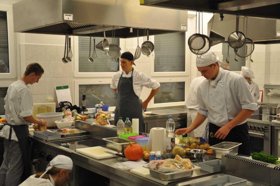 Küche 20 J OSZ