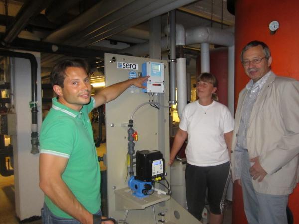 Foto: Das Hallen- und Freibad erhält eine neue Dosieranlage zur Hebung des pH-Wertes