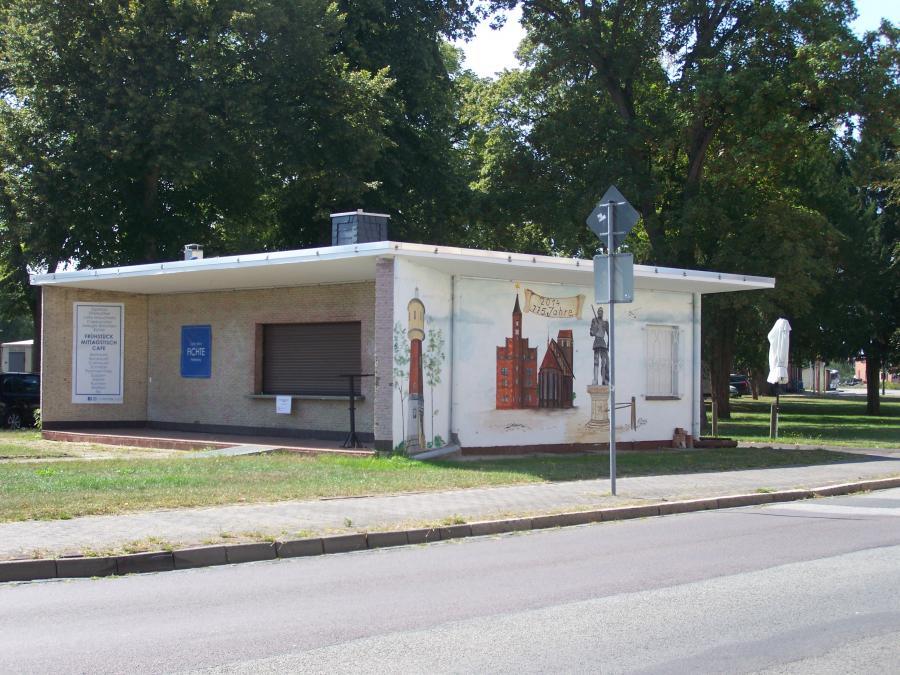 Frontansicht Kiosk am Bahnhof_Stadt Perleberg