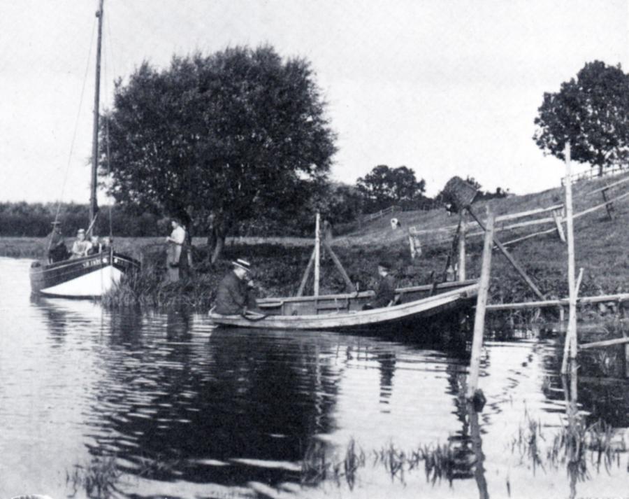 Fischer auf der Krückau