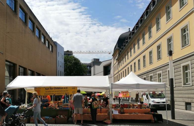 SfC-Flohmarkt auf dem Bottlerplatzi m Juli 2019