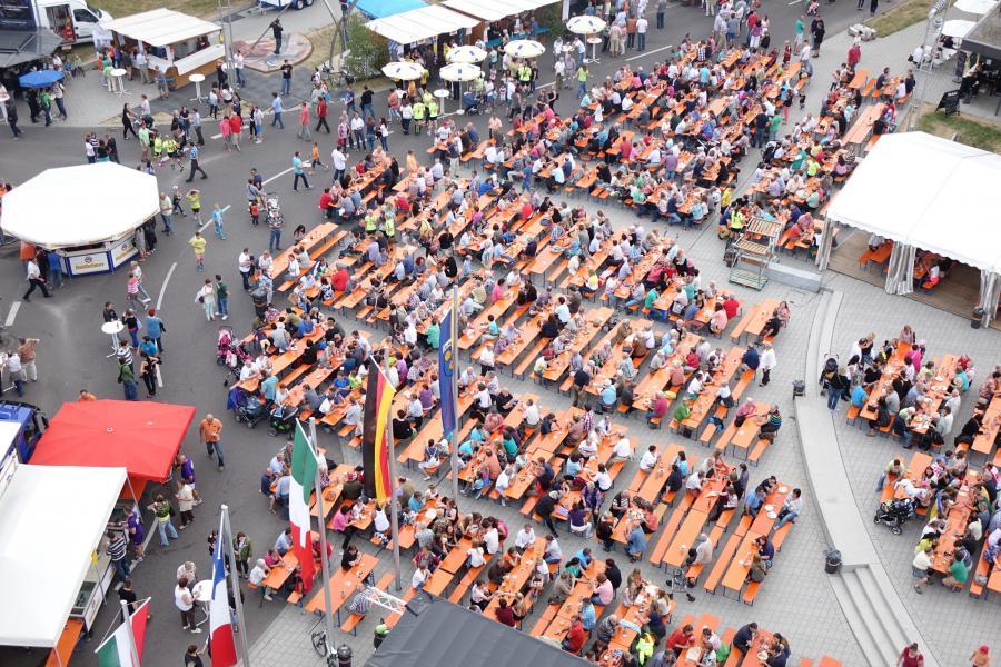 Das Oberkochener Stadtfest am Rathausplatz