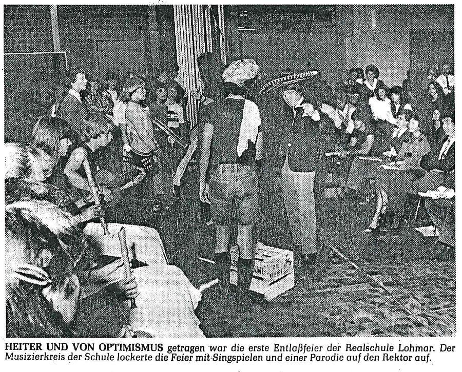 Foto von der ersten Entlassfeier