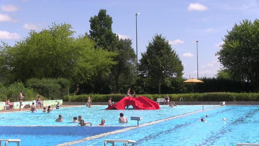 Schwimmbad Nering 113