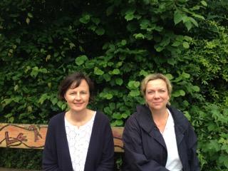 Frau Eisner (links) und Frau Rolhfs (rechts)