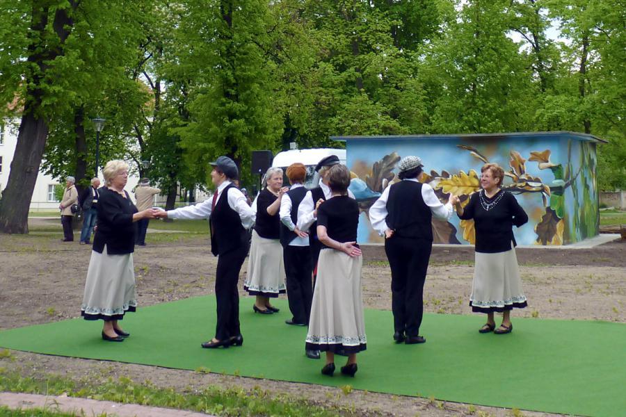 Tanzgruppe Fröhlicher Kreis
