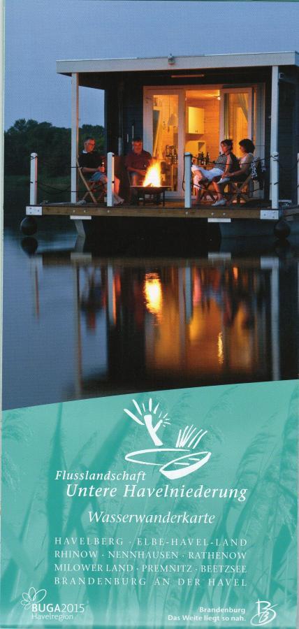 Mit Hausboot oder Kanu in Europas größtem zusammenhängenden Wassersportrevier.