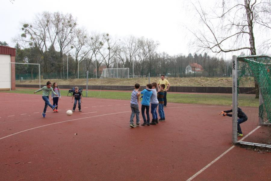 Fußball - 1