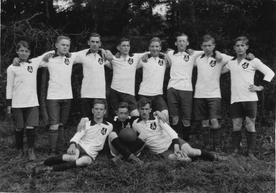 Fußballmannschaft in den 20er