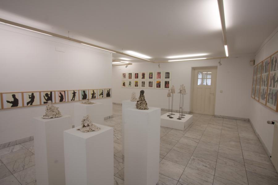 im oktober 1982 erfolgte die erste ausstellung in der galerie wendlinger freizeitkunstler konnten ihre werke zum ersten mal in den neuen raumen