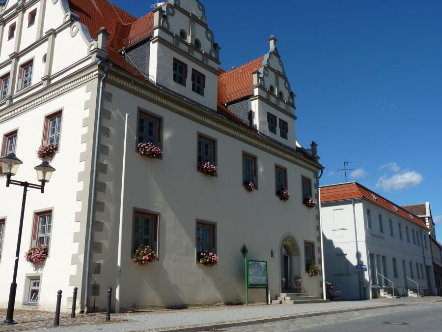 Rathaus Großstraße 6