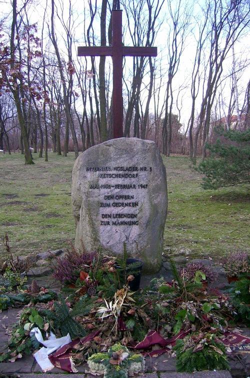 Gedenkstein Internierungslager Ketschendorf