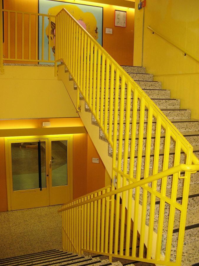 Das gelbe Treppenhaus