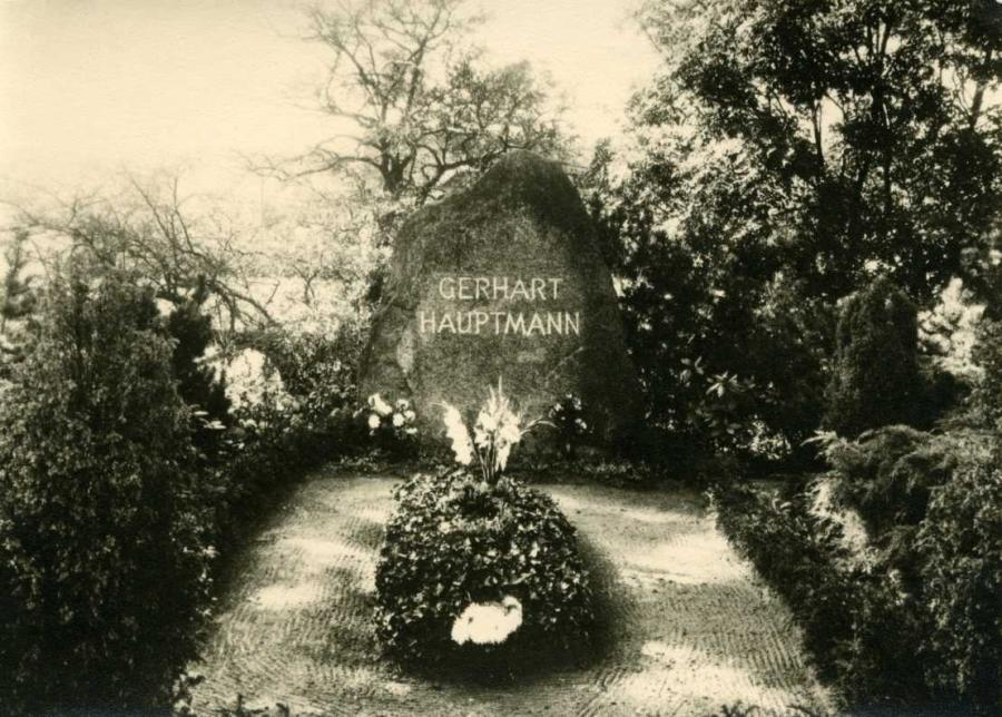 Gerhart- Hauptmann- Ruhestätte