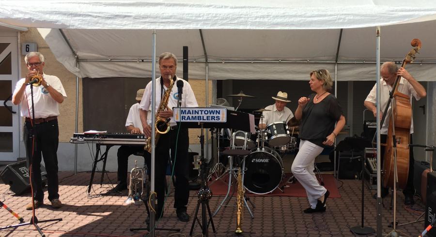 Bild: Jazz Frühschoppen des Bischofsheimer Gewerbevereins.
