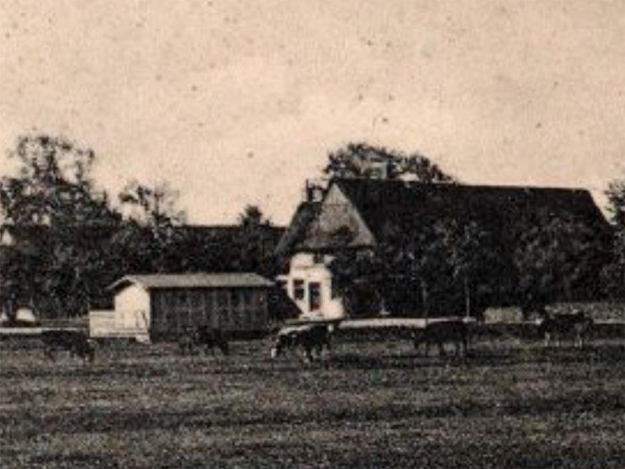 Das alte Spritzenhaus in Kurzenmoor gegenüber der Gaststätte Hell