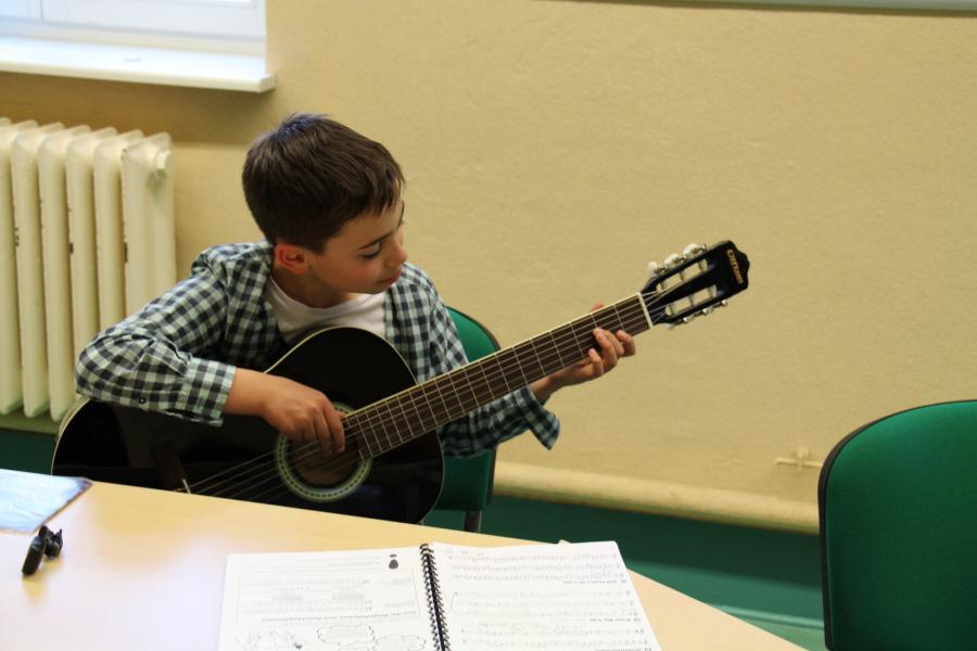 Gitarre - 2