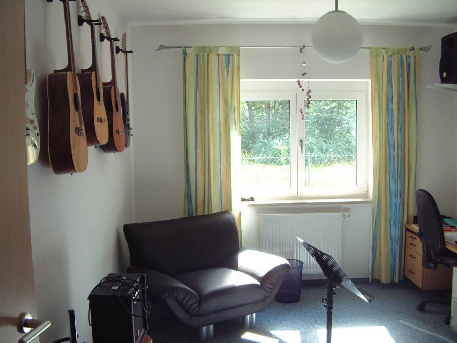 Musikzimmer Nr 2 Gitarren-Raum