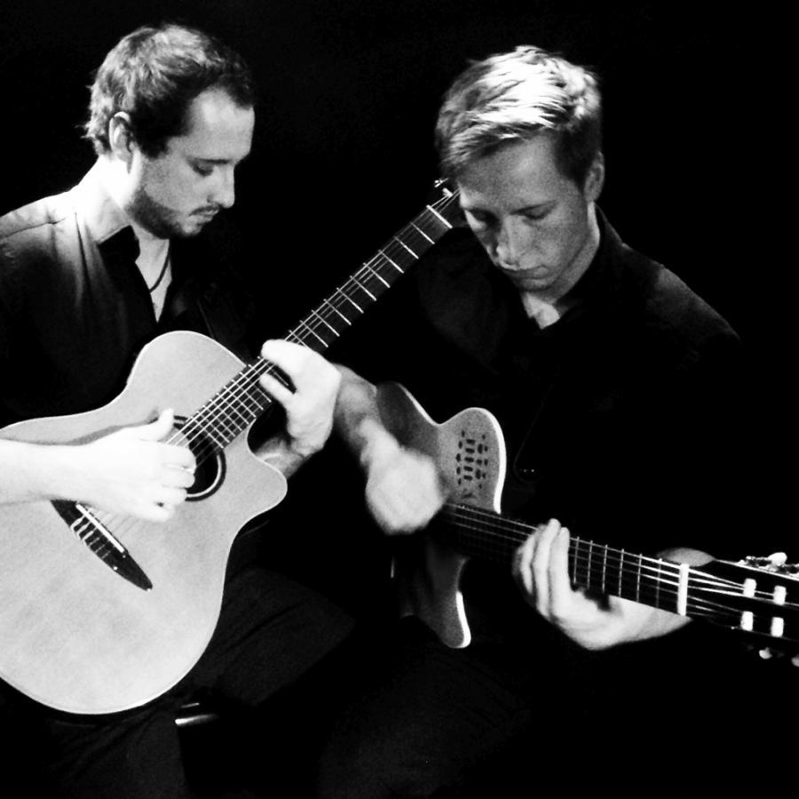 Gitarrenmusik Simon & Tobias Tulenz (Presse-Foto 2015)