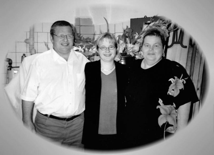 Von links: Hans-Joachim Glasow, Anita Glasow, Reinhild Glasow, geb. Schröder