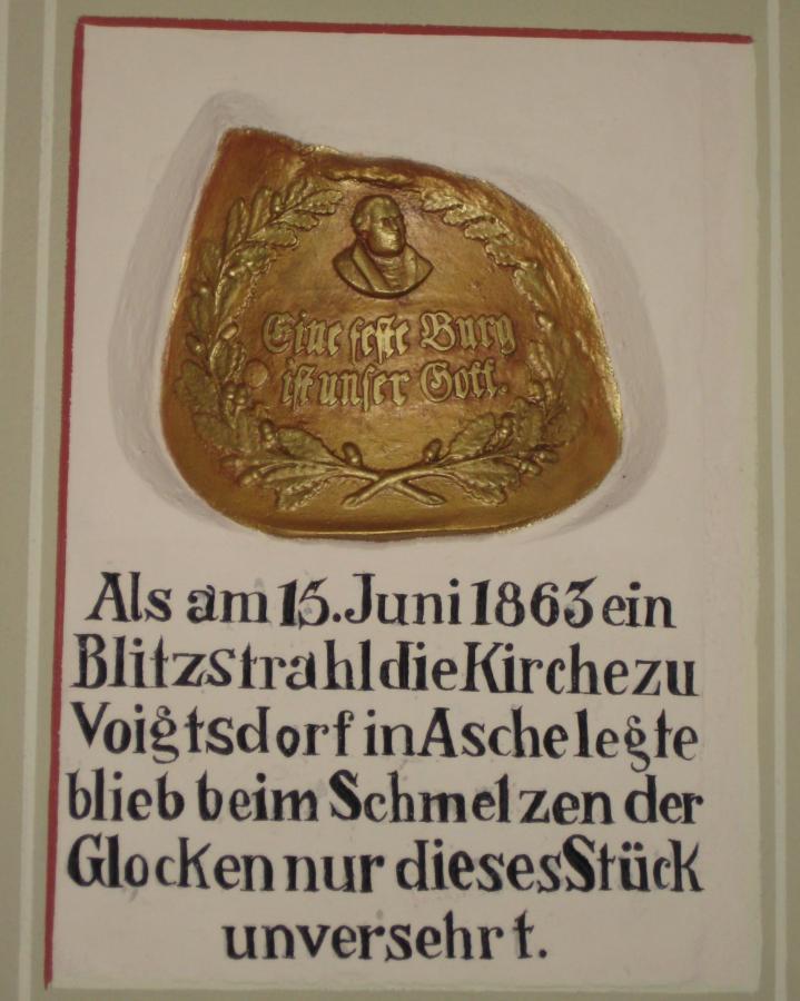 Glockenstueck - Kirche Voigtsdorf / Foto: Jan Gernegroß