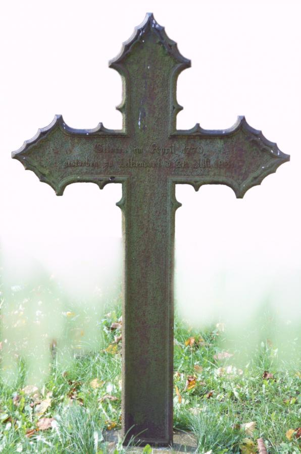 Grabkreuz für Friederike von Maltzahn