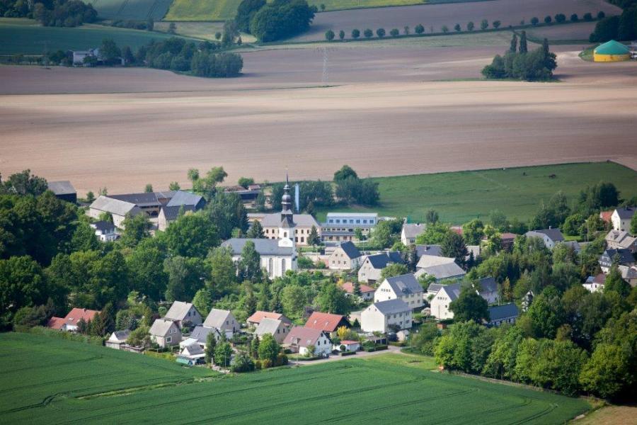 Luftbild von Grünlichtenberg