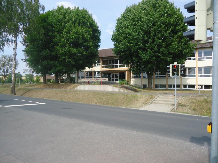 Grunschule Scheden
