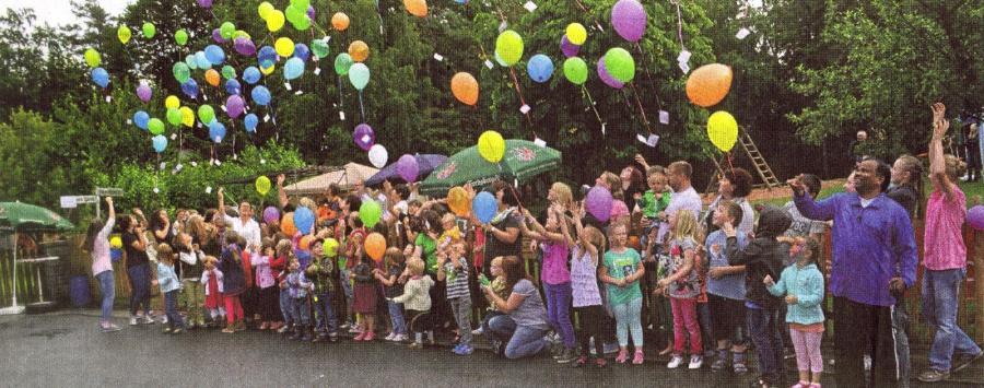 gute wünsche - luftballon steigen