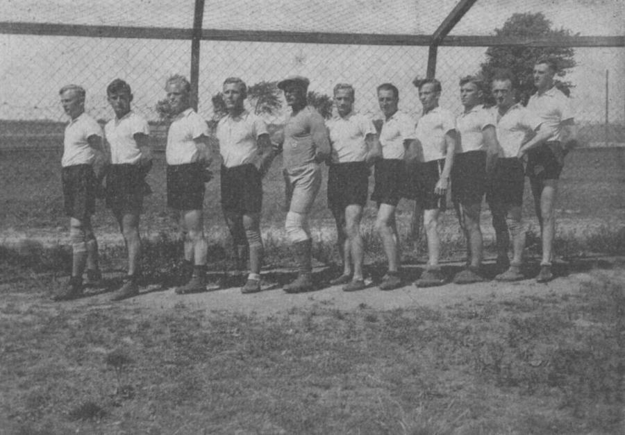 Handballmannschaft 1933, entrastert