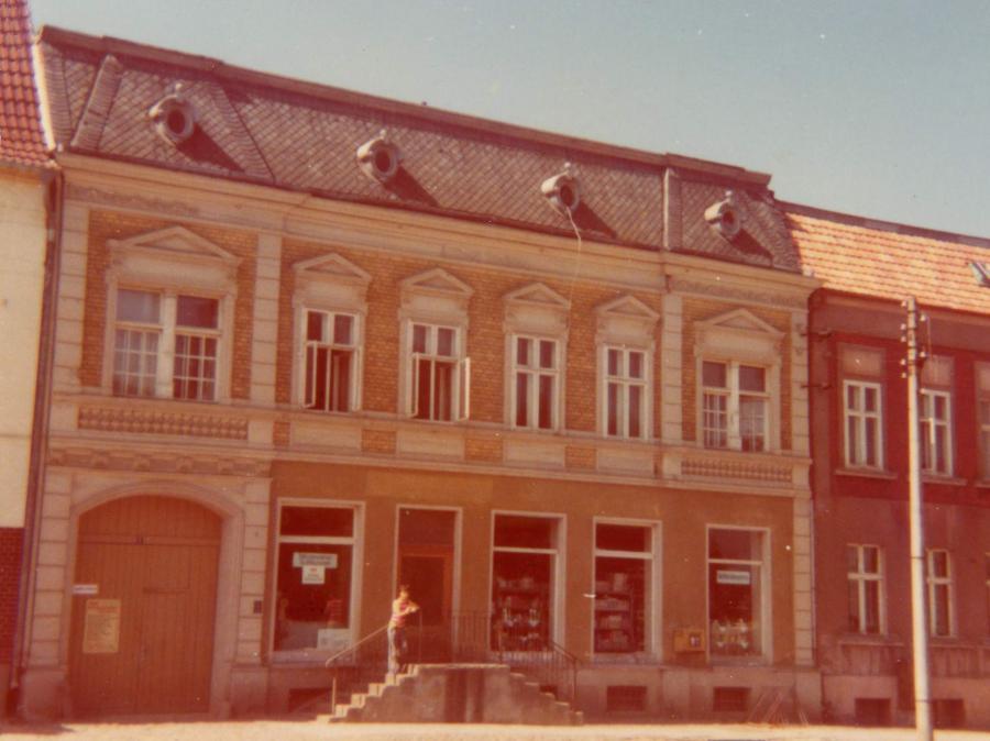 Haus Am Markt 1975, ©Stephan Becker, Brüssow
