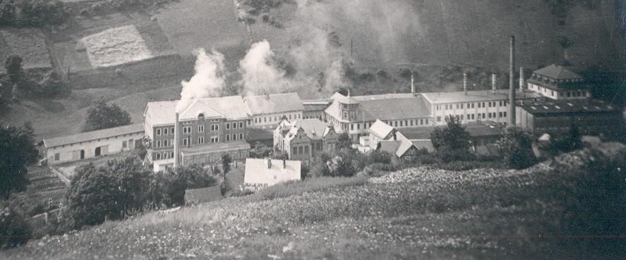 Porzellanfabrik Hertwig & Co.
