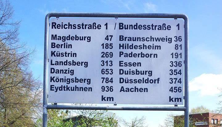 Hinweisschild in Helmstedt zur Bundesstraße 1, Foto: Oliver Diekmann