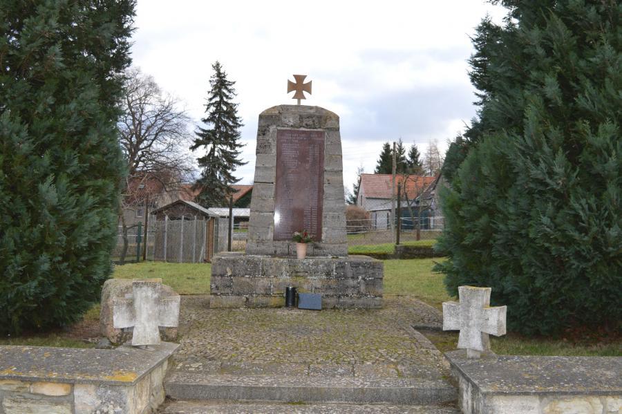 Denkmal Weltkriegsopfer Dalldorf