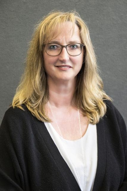 Silvia Otten