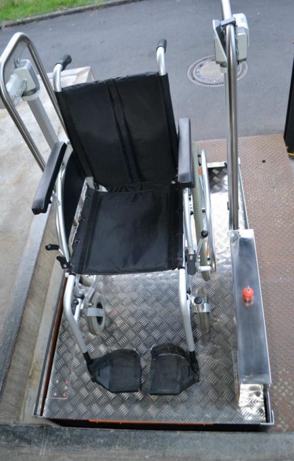 Rollstuhlaufzug BM 750 von Aufzug LuS