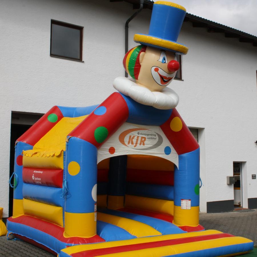 Hüpfburg