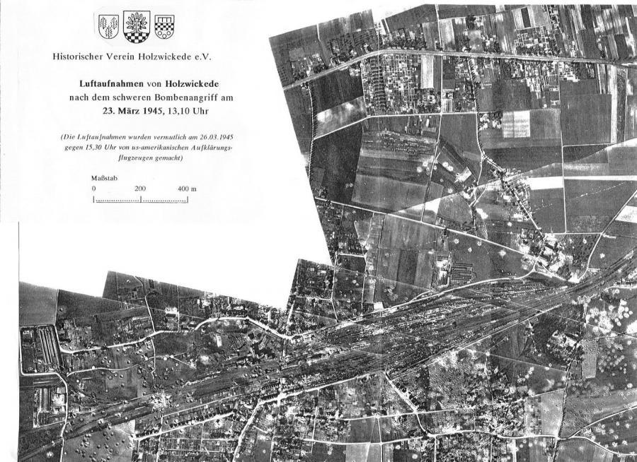 Luftbildansichten mit den umfangreichen Anlagen des Bahnhofs links etwa im Herbst 1944 vor, rechts am 26.03.1945 nach dem Bombenangriff