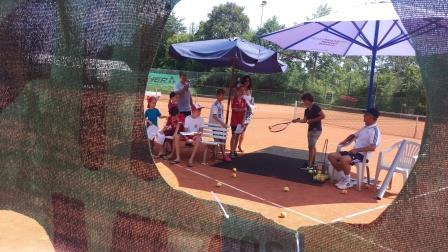 Station Tennis am Sporttag der 60-Jahr-Feier des SV Raitenhaslach