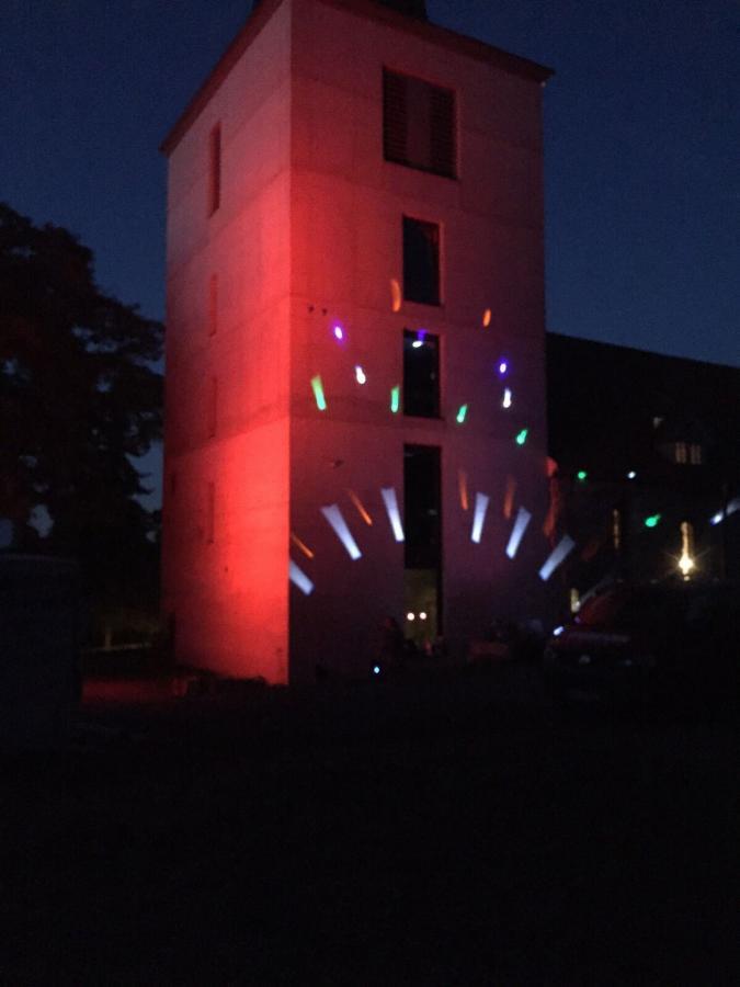 Lichtershow am Turm