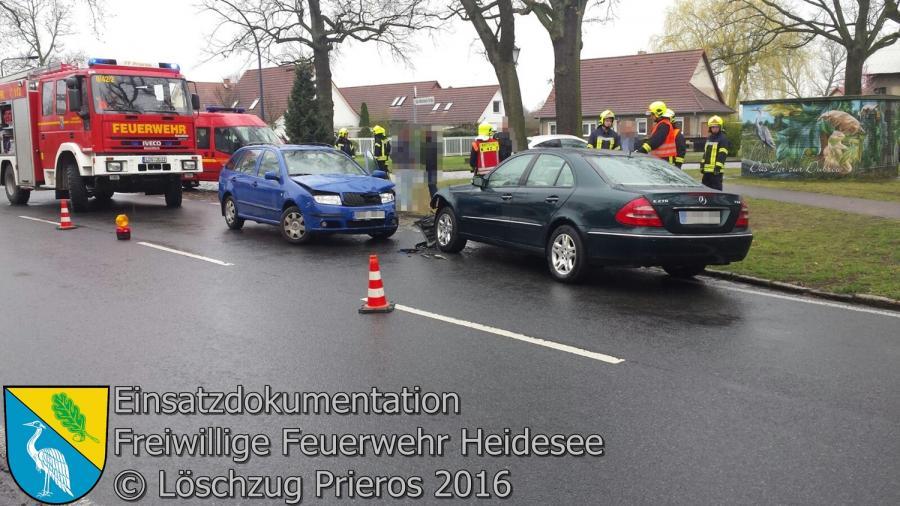 Einsatz 18/2016 | VU 2x PKW | Gräbendorf Karl-Woitschach-Straße 10.04.2016